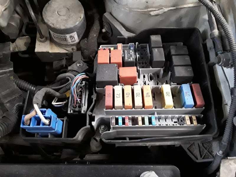 Fuse Box FIAT BRAVO II (198_) 1.6 D Multijet (198AXH1B) 0051829178   B-PartsB-Parts