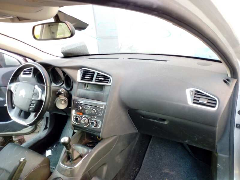 Dashboard Citroen C4 Ii B7 1 6 Hdi 90 B Parts