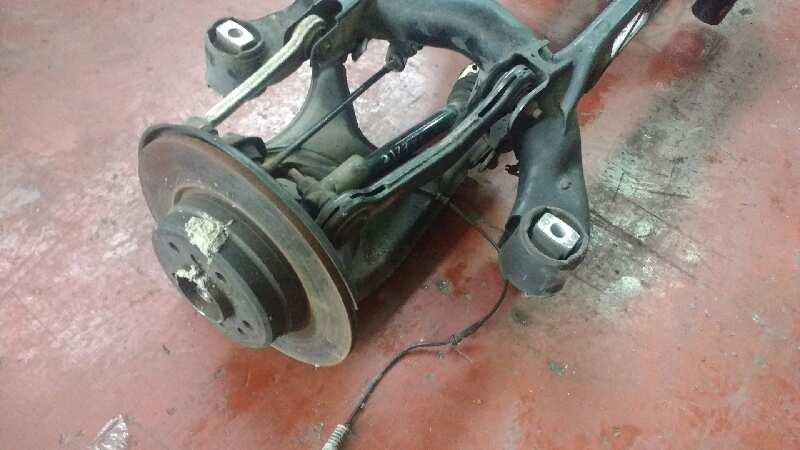 Usure irrégulière pneus arrière 000000413872