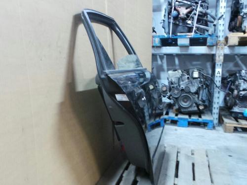 Tür rechts hinten AUDI A4 (8E2, B6)   586