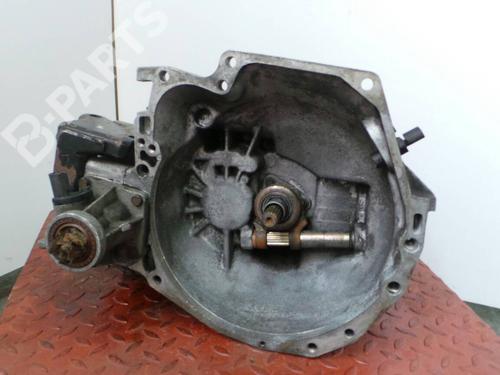 Caixa velocidades manual CHRYSLER VOYAGER / GRAND VOYAGER III (GS) 2.5 TD  98303