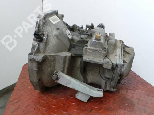 Caixa velocidades manual CHRYSLER VOYAGER / GRAND VOYAGER III (GS) 2.5 TD  98304