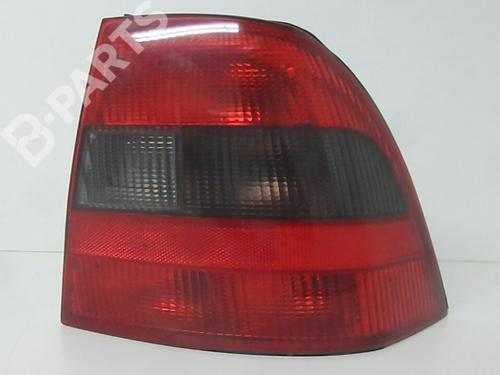 Høyre baklys VECTRA B (J96) 2.0 i 16V (F19) (136 hp) [1995-2000] X 20 XEV 6919891
