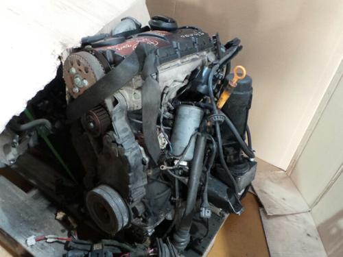 Motor AUDI A4 (8E2, B6) 1.9 TDI 160040 9594