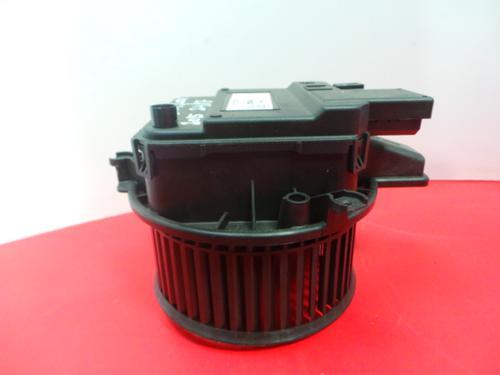 Gebläsemotor AUDI A4 (8W2, 8WC, B9) 2.0 TDI (150 hp) 4M1 820 021