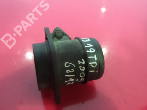 Luftmassenmesser AUDI A3 Sportback (8PA) 1.6 TDI (105 hp) 0281002531 / 038906461B