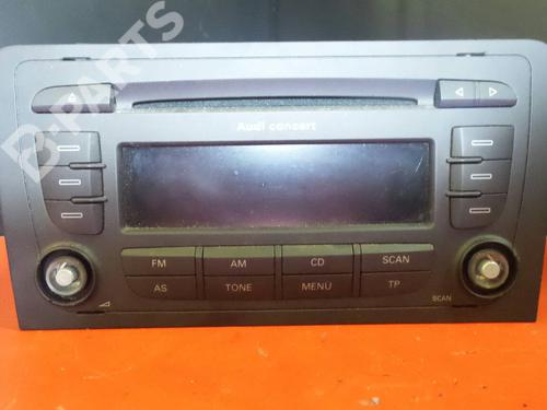Auto-radio AUDI A3 (8P1) 2.0 TDI 8P0035186AB 1100402