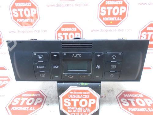 8Z0820043 | 304219 | Commande Chauffage A2 (8Z0) 1.4 TDI (75 hp) [2000-2005] AMF 7373622
