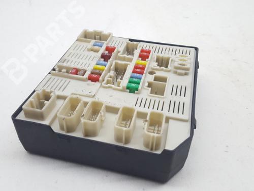 fuse box renault laguna iii (bt0/1) 2.0 16v (bt05, bt0f, bt0w) 284b60012r /  519134415 | b-parts  b-parts