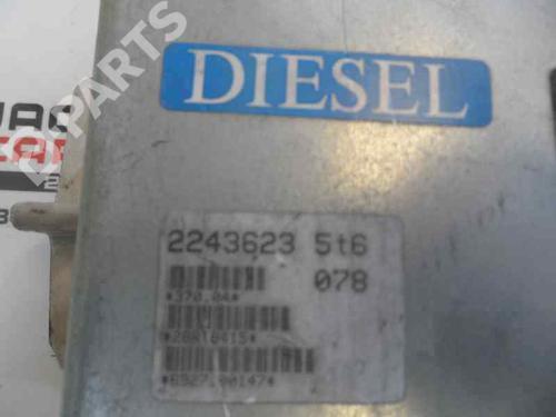 Centralina do motor BMW 5 (E39) 520 i 0 281 001 078  8410802