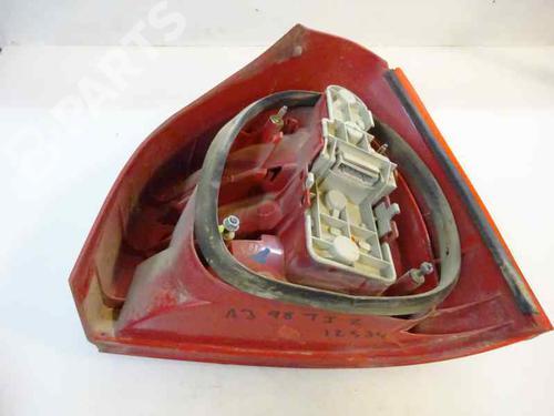 Feu arrière gauche AUDI A3 (8L1) 1.9 TDI  13923622