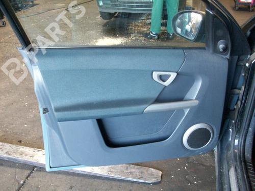 Dør deksel foran venstre FORFOUR (454) 1.5 CDI (454.001) (95 hp) [2004-2006] OM 639.939 4592881