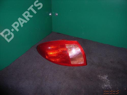 Feu arrière gauche 147 (937_) 1.6 16V T.SPARK (937.AXA1A, 937.AXB1A, 937.BXB1A) (120 hp) [2001-2010] AR 32104 289096