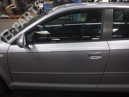 Tür links vorne A3 (8P1) 1.9 TDI (105 hp) [2003-2010]  7437764