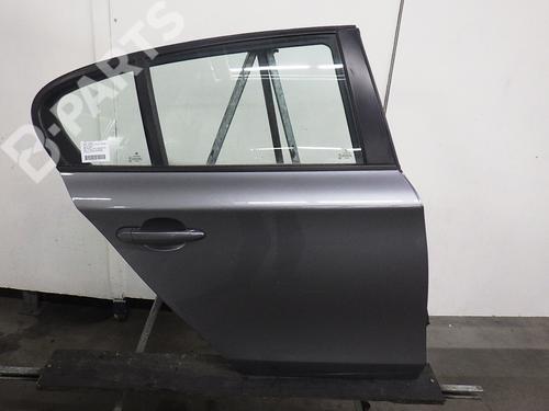 Dør høyre bak BMW 1 (E87) 116 d (116 hp) : KOMPLETT MIT EFH / SCHEIBE / SCHLOSS /