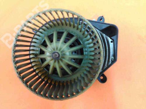 8D1819021B | Motor da chauffage PASSAT (3B2) 1.9 TDI (115 hp) [1998-2000]  585046