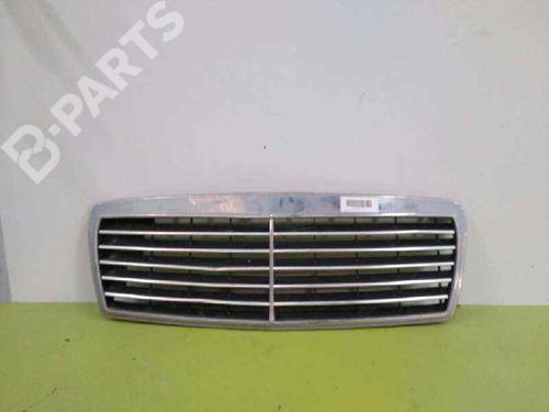 2108800483 | Rejilla delantera E-CLASS (W210) E 290 Turbo-D (210.017) (129 hp) [1996-1999]  2133084