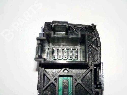 Elektronisk modul AUDI A3 Sportback (8VA, 8VF) 1.6 TDI 8V1713463A | INDICADOR CAMBIO AUTOMATICO | 33142564