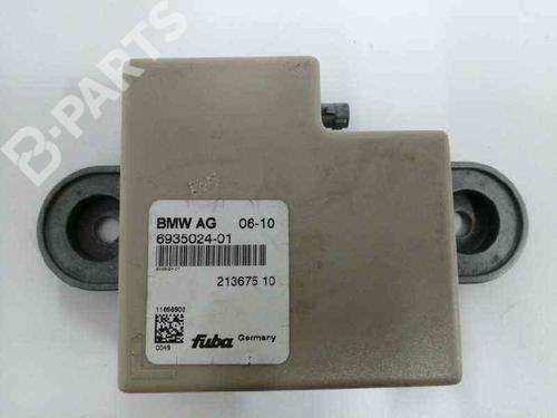 65206935024 | ANTENA | 6935024 | Elektronik Modul 7 (F01, F02, F03, F04) ActiveHybrid 7 (465 hp) [2010-2012] N63 B44 A 5113612
