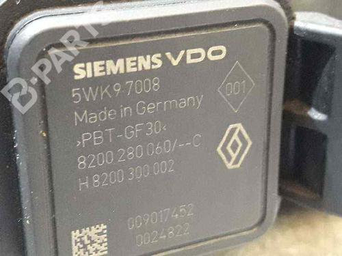 Luftmassemåler OPEL MOVANO Box (X70) 3.0 DTI (FD) 8200280060   8200300002   SIEMENS   23517400