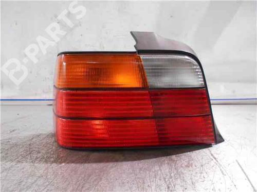 Rückleuchte Links BMW 3 (E36) 318 tds  34005885