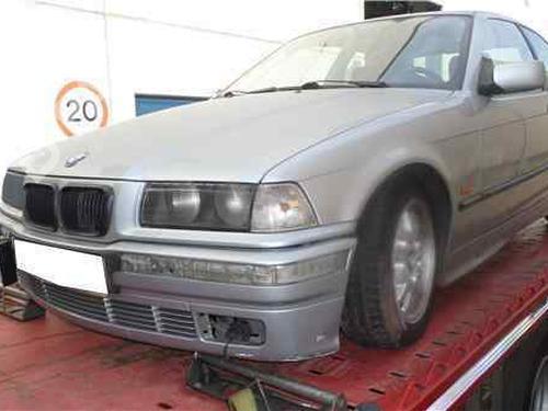 Rückleuchte Links BMW 3 Compact (E36) 318 tds  33999004