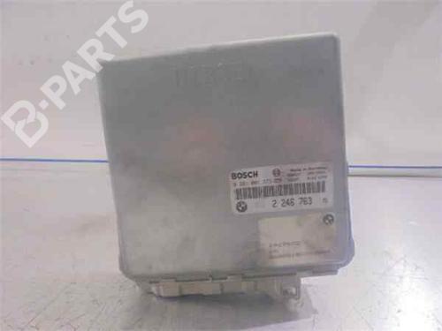 Steuergerät Motor BMW 5 (E39) 525 tds 281001371   33972473