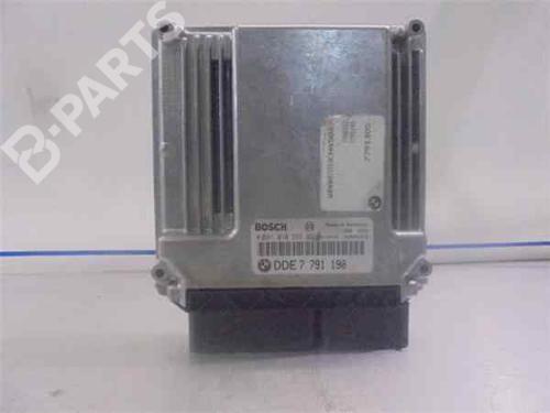 Steuergerät Motor BMW 3 (E46) 320 d 281010565   33974374