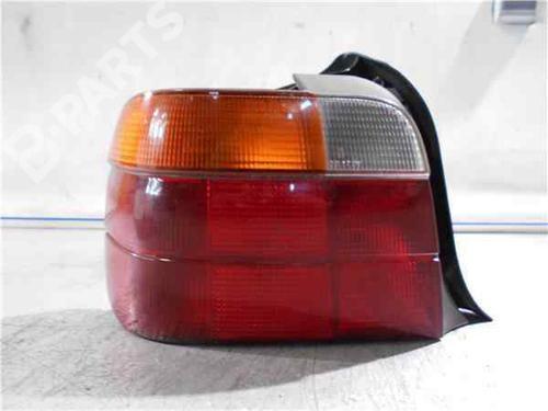 Rückleuchte Links BMW 3 Compact (E36) 318 tds  33999002