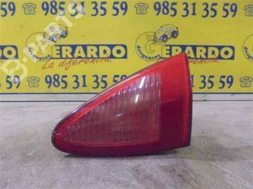 Feu arrière droite 147 (937_) 1.6 16V T.SPARK ECO (937.AXA1A, 937.BXA1A) (105 hp) [2001-2010] AR 37203 5984350