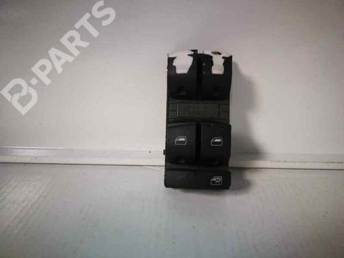 Mando elevalunas delantero izquierdo AUDI A3 Sportback (8PA) 1.6 TDI  34099074