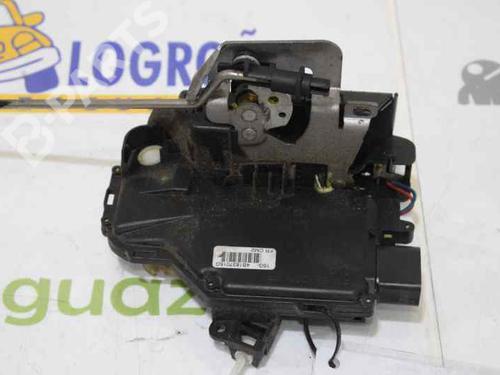 Front Left Lock AUDI A4 (8E2, B6) 1.9 TDI 4B1837015G 12717644