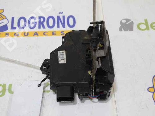 Front Left Lock AUDI A4 (8E2, B6) 1.9 TDI 4B1837015G 12717645