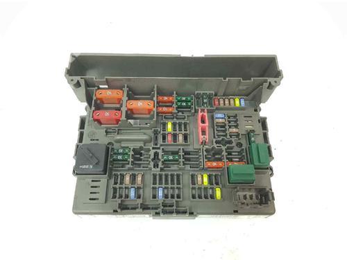 61149119446   9119446   Caixa de fusíveis 1 (E81) 118 d (143 hp) [2006-2011] N47 D20 C 6039422