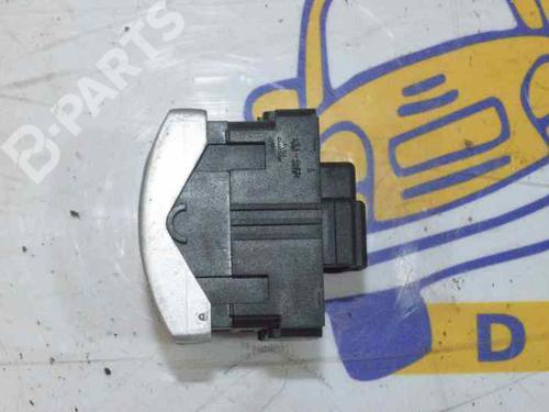 A1718205510 | Mando elevalunas delantero izquierdo SLK (R171) 200 Kompressor (171.442) (163 hp) [2004-2011] M 271.944 1362445