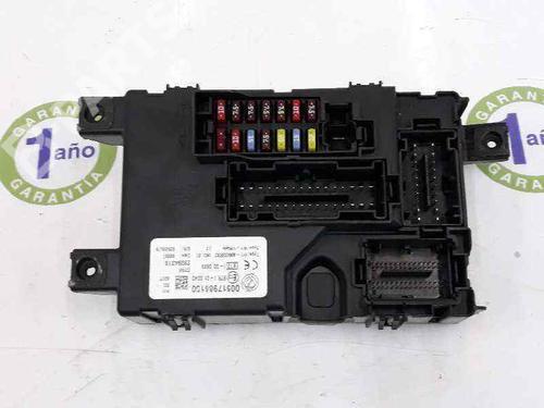 00517986150   00517986150   Caixa de fusíveis GRANDE PUNTO (199_) 1.3 D Multijet (199.AXD11, 199.AXD1A, 199.AXD1B,... (90 hp) [2005-2010] 199 A3.000 5280946