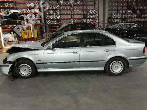 Bensintank BMW 5 (E39) 525 tds 16146752363 37422303