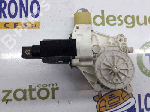 Elevador vidro frente direito BMW 3 Coupe (E92) 330 d 67627189232 | 0130822309 BOSCH | CONECTOR DE 6 PINES | 20060419