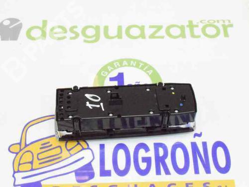 Mando elevalunas delantero izquierdo MERCEDES-BENZ C-CLASS (W204) C 220 CDI (204.002) 2048700151 | A2048700151 | 20195260
