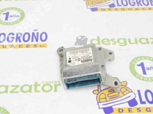 93198569   8200435339A   Kollisjonspute styreenhet VIVARO A Box (X83) 1.9 DTI (F7) (101 hp) [2001-2020]  1524267