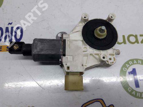 Elevador vidro frente direito BMW 3 Coupe (E92) 330 d 67627189232 | 0130822309 BOSCH | CONECTOR DE 6 PINES | 20060415
