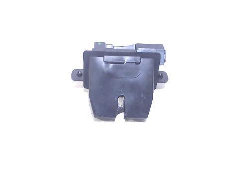 Compressor cierre centralizado FORD FIESTA VI (CB1, CCN) 1.6 TDCi : 8A51A442A66 31074691