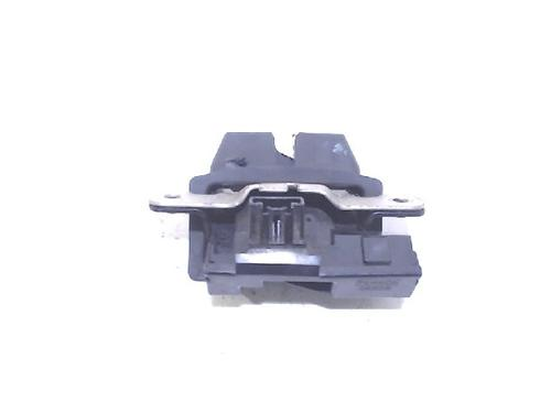 Compressor cierre centralizado FORD FIESTA VI (CB1, CCN) 1.6 TDCi : 8A51A442A66 31074692