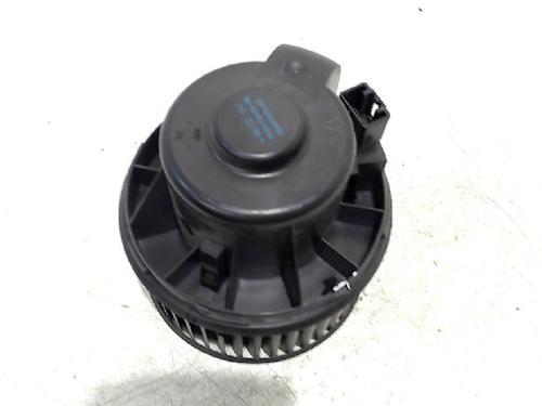 Motor calefaccion FORD FOCUS III Turnier 2.0 TDCi : AV6N18456AB 31074428