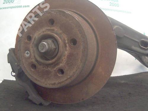 Mangueta trasera izquierda VITO Van (638) 112 CDI 2.2 (638.094) (122 hp) [1999-2003] OM 611.980 588148