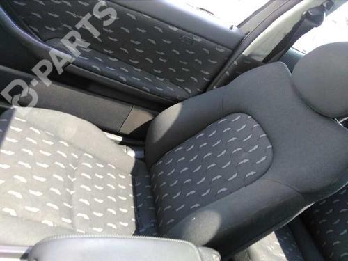 Asiento delantero derecho MERCEDES-BENZ C-CLASS Coupe (CL203) C 180 (203.735)  3899791