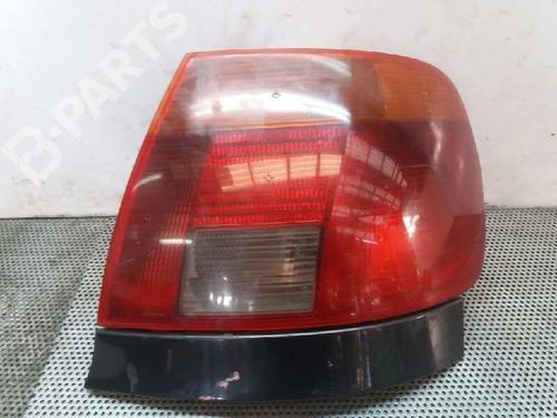 Right Taillight A4 (8D2, B5) 1.9 TDI (90 hp) [1995-2000] AVG 1685594