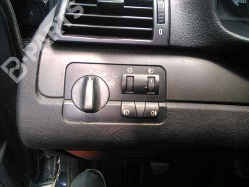 Switch BMW 3 (E46) 320 d  24073558