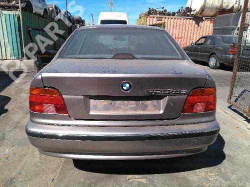 Differential, bag BMW 5 (E39) 525 tds  37844305