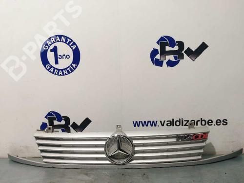 Rejilla delantera MERCEDES-BENZ VITO Van (638) 112 CDI 2.2 (638.094) A6388880415 24055650